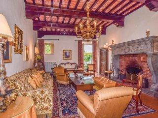 9 bedroom Villa in Cevoli, Tuscany, Italy : ref 5545927