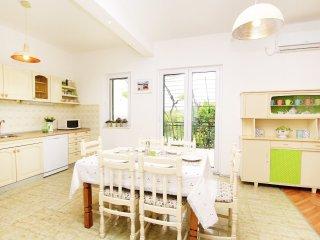 3 bedroom Villa in Plano, Splitsko-Dalmatinska Županija, Croatia : ref 5545829