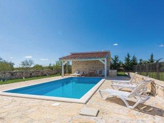 3 bedroom Villa in Podvornice, Zadarska Županija, Croatia : ref 5545695