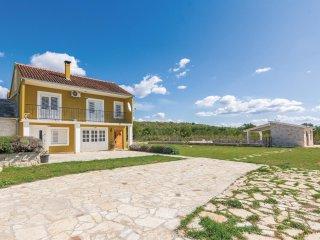 3 bedroom Villa in Benkovac, Zadarska Županija, Croatia : ref 5545695