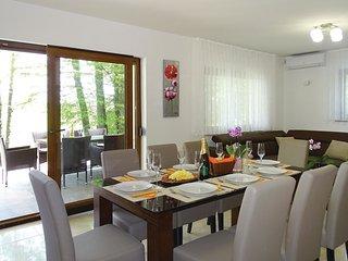 3 bedroom Villa in Primostek, Metlika, Slovenia : ref 5545570