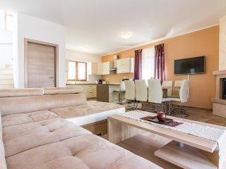 3 bedroom Villa in Barbariga, Istria, Croatia : ref 5545472