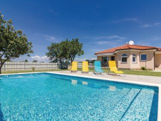 2 bedroom Villa in Muntic, Istria, Croatia : ref 5545377