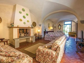 4 bedroom Villa in Ghizzano, Tuscany, Italy : ref 5545251