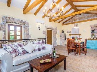 2 bedroom Villa in Gostinjac, Primorsko-Goranska Županija, Croatia : ref 554517