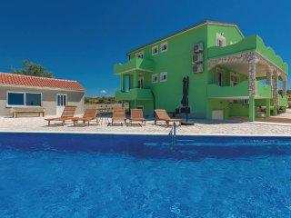 5 bedroom Villa in Vrana, Zadarska Zupanija, Croatia : ref 5545164