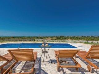 5 bedroom Villa in Vrana, Zadarska Županija, Croatia : ref 5545164