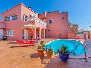 5 bedroom Villa in Empuriabrava, Catalonia, Spain : ref 5545098