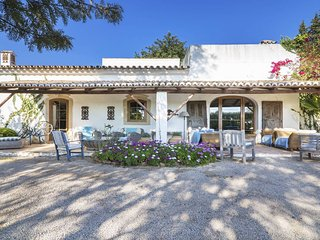 4 bedroom Villa in Vale do Judeu, Faro, Portugal : ref 5544777