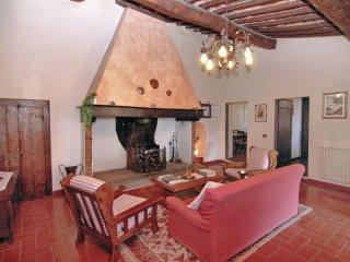 5 bedroom Apartment in Badia a Passignano, Tuscany, Italy : ref 5544577