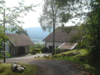 Luxury private room in big authentic Vosges farm in La Forge