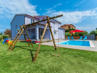 5 bedroom Villa in Skatari, Istria, Croatia : ref 5544427