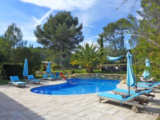 5 bedroom Villa in Laouque, Provence-Alpes-Cote d'Azur, France : ref 5544315