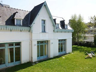 3 bedroom Villa in Dinard, Brittany, France : ref 5544277