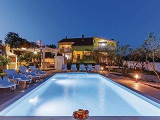 6 bedroom Villa in Viterinci, Zadarska Zupanija, Croatia : ref 5543899