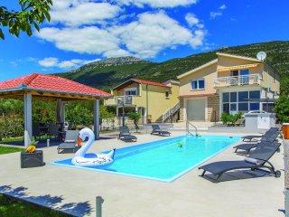 5 bedroom Villa in Kaštel Lukšić, Splitsko-Dalmatinska Županija, Croatia : ref 5