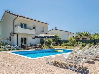4 bedroom Villa in Dropuljici, Splitsko-Dalmatinska Zupanija, Croatia : ref 5543