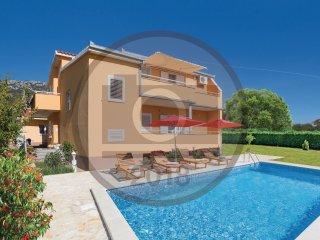 5 bedroom Villa in Kastel Luksic, Splitsko-Dalmatinska Zupanija, Croatia : ref 5