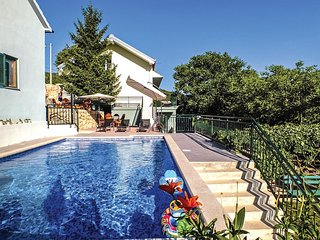 5 bedroom Villa in Bilosi, Splitsko-Dalmatinska Zupanija, Croatia : ref 5543776