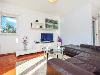 4 bedroom Villa in Srinjine, Splitsko-Dalmatinska A1/2upanija, Croatia : ref 55436