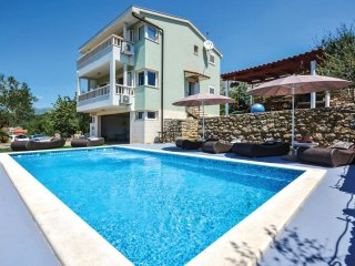 4 bedroom Villa in Srinjine, Splitsko-Dalmatinska Zupanija, Croatia : ref 554369