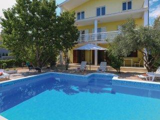 6 bedroom Villa in Kastel Novi, Splitsko-Dalmatinska Zupanija, Croatia : ref 554