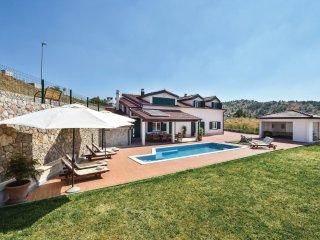 5 bedroom Villa in Tešija, Splitsko-Dalmatinska Županija, Croatia : ref 5543589