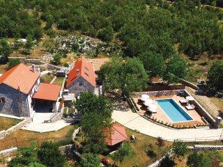 3 bedroom Villa in Šipići, Splitsko-Dalmatinska Županija, Croatia : ref 5543584