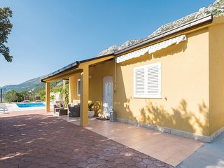 2 bedroom Villa in Borak, , Croatia : ref 5543581