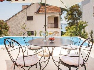 4 bedroom Villa in Zaboric, Šibensko-Kninska Županija, Croatia : ref 5543458