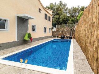7 bedroom Villa in Vinisce, Splitsko-Dalmatinska Zupanija, Croatia : ref 5543347