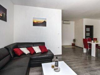 5 bedroom Villa in Vetma, Splitsko-Dalmatinska A1/2upanija, Croatia : ref 5543337
