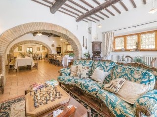 5 bedroom Villa in Mezzavia, Umbria, Italy : ref 5543295