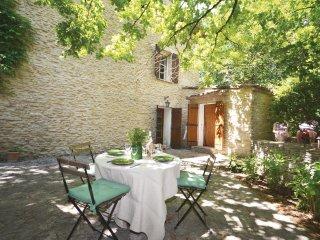 3 bedroom Villa in L'Isle-sur-la-Sorgue, Provence-Alpes-Côte d'Azur, France : re