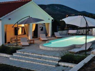 3 bedroom Villa in Gornje Danilo, Šibensko-Kninska Županija, Croatia : ref 55428