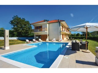 5 bedroom Villa in Gornji Kraj, Splitsko-Dalmatinska Zupanija, Croatia : ref 554