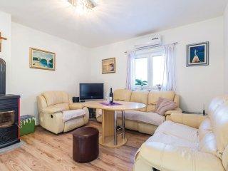 4 bedroom Villa in Jurdani, Primorsko-Goranska Županija, Croatia : ref 5542765
