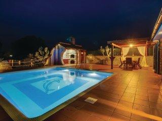 3 bedroom Villa in Mali Halmac, Primorsko-Goranska Županija, Croatia : ref 55427