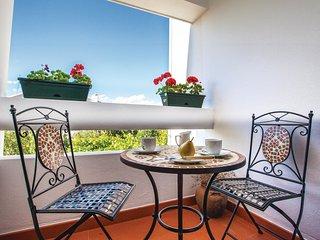 3 bedroom Villa in Okrug Donji, Splitsko-Dalmatinska Županija, Croatia : ref 554