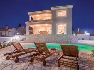 4 bedroom Villa in Hrahoric, Primorsko-Goranska Zupanija, Croatia : ref 5542603