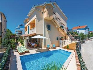 4 bedroom Villa in Brodarica, Šibensko-Kninska Županija, Croatia : ref 5542595