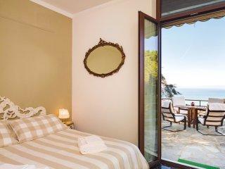 2 bedroom Villa in Ruta, Liguria, Italy : ref 5542516
