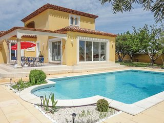 3 bedroom Villa in Marseillan, Occitania, France : ref 5542506
