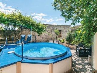 4 bedroom Villa in Selca, Splitsko-Dalmatinska Županija, Croatia : ref 5542479