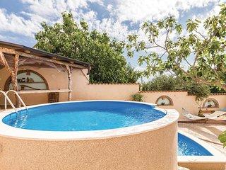 4 bedroom Villa in Valdebek, Istria, Croatia : ref 5542427