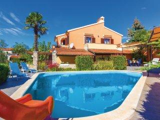 5 bedroom Villa in Muntic, Istria, Croatia : ref 5542370