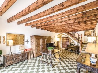 7 bedroom Villa in Sant Vicenç de Montalt, Catalonia, Spain : ref 5542001