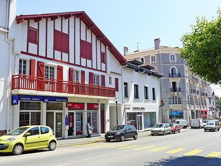 2 bedroom Apartment in Saint-Jean-de-Luz, Nouvelle-Aquitaine, France : ref 55416
