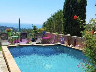 3 bedroom Villa in La Croix-Valmer, Provence-Alpes-Cote d'Azur, France : ref 554