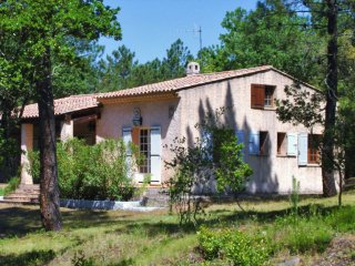 4 bedroom Villa in Pomples, Provence-Alpes-Cote d'Azur, France : ref 5541555